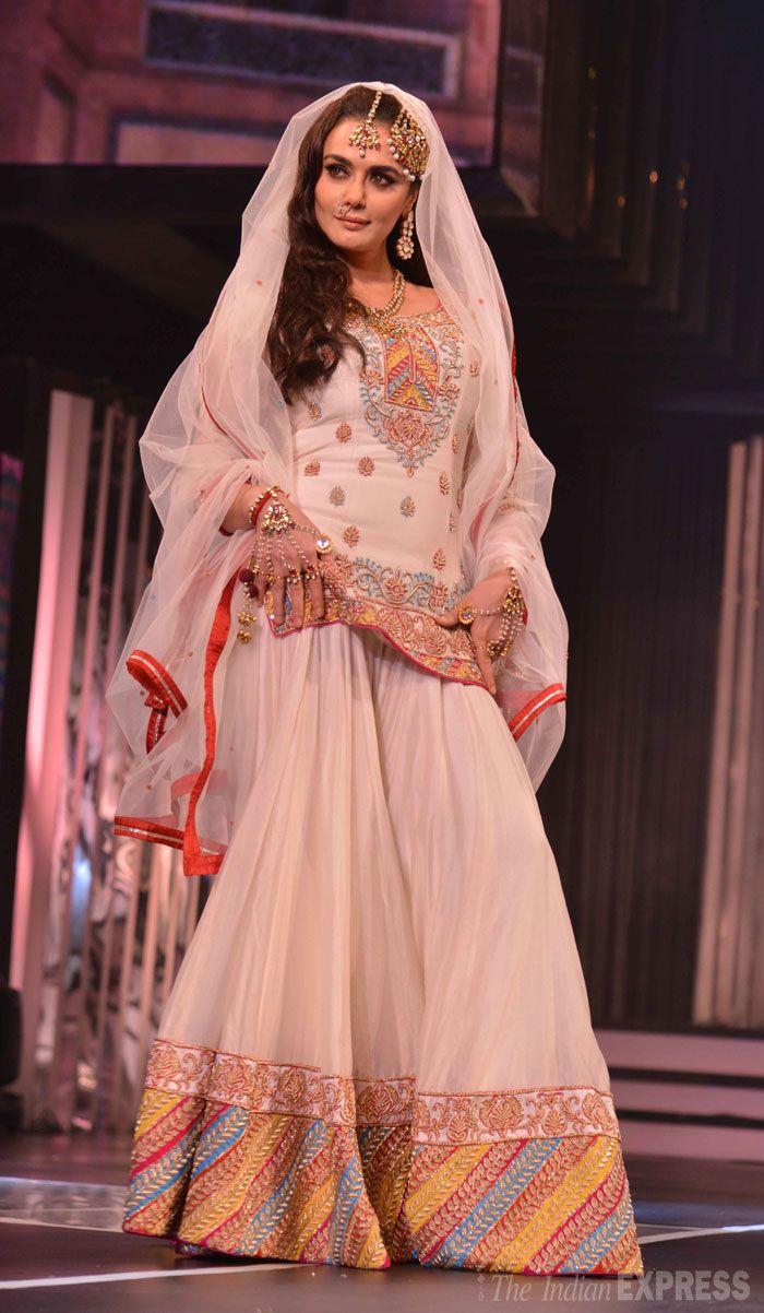 Preity Zinta in gorgeous Sharara Ensemble with Kundan Jewelry celebrating late film maker Yash Chopra's 81st birthday Sept 27, 2013 recalling her Pakistani character Zaara in his film Veer-Zaara (IE Photo: Varinder Chawla)...