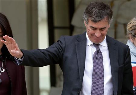 Le gouvernement renouvelle son soutien à Jérôme Cahuzac - http://www.andlil.com/le-gouvernement-renouvelle-son-soutien-a-jerome-cahuzac-75714.html