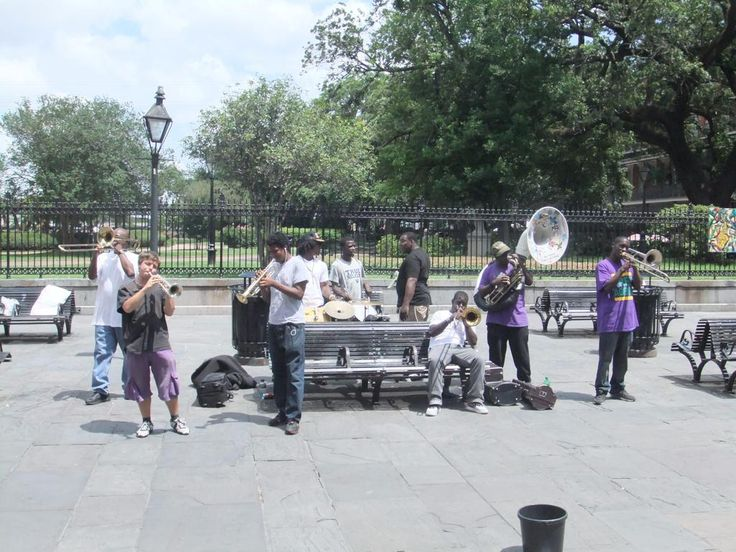 Musicians in New Orleans, Louisiana, United States. Photo: Karl Hedman.