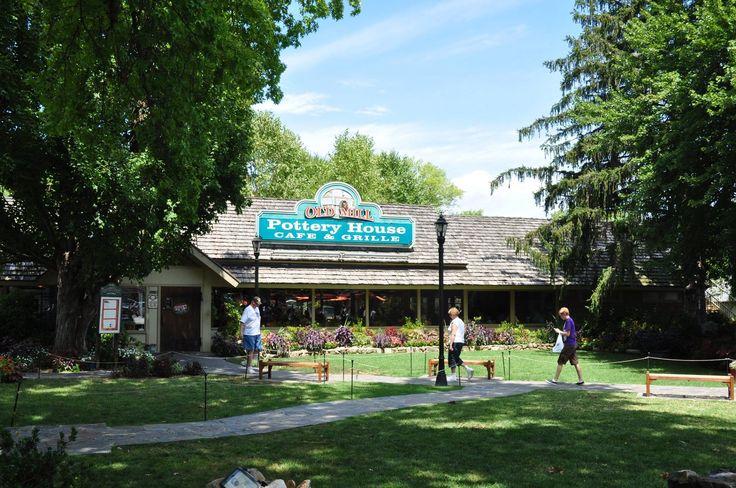 101 best pigeon forge restaurants images on pinterest for River motor lodge pigeon forge