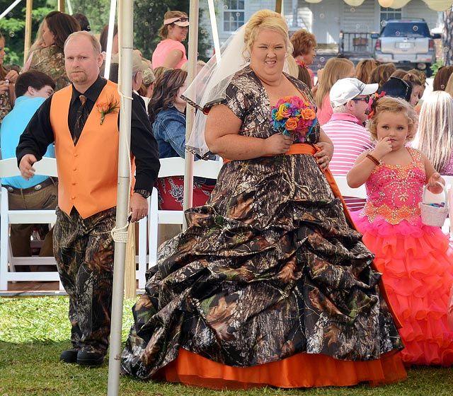 "Celebrity Weddings 2013: June ""Mama"" Shannon and Mike ""Sugar Bear"" Thompson"