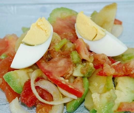 SALADE COLOMBIENNE .
