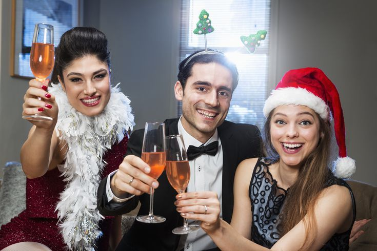 32 Christmas Party Games for the Office or Your Holiday Party: Christmas Movie Drinking Game