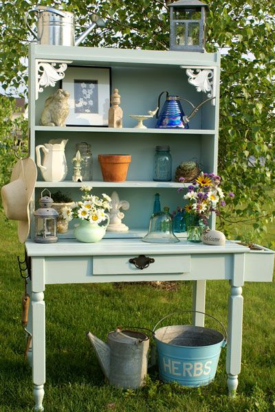 Make a Potting Bench from an old desk!