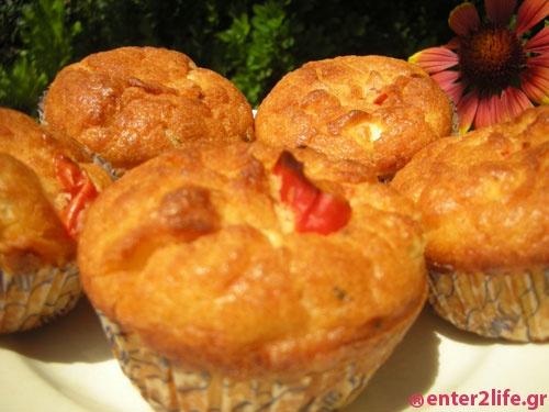 Muffins με τυρί φέτα, ελιές και λιαστές ντομάτες  www.enter2life.gr