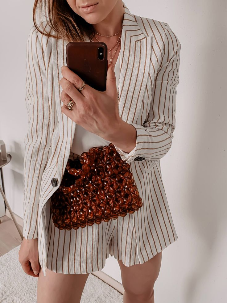 Sommertrends 2019: Das sind die schönsten Modetrends für einen stylischen Sommer! – Who is Mocca? – Fashion Trends, Outfits, Interior Inspiration, Beauty Tipps und Karriere Guides