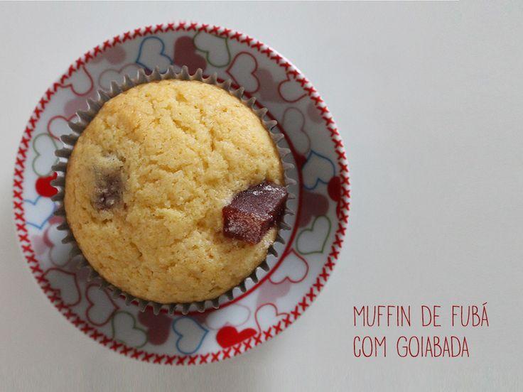 Muffin de Fubá com Goiabada. Receita completa em http://gordelicias.biz.