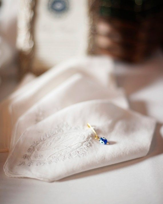 how to keep wedding small