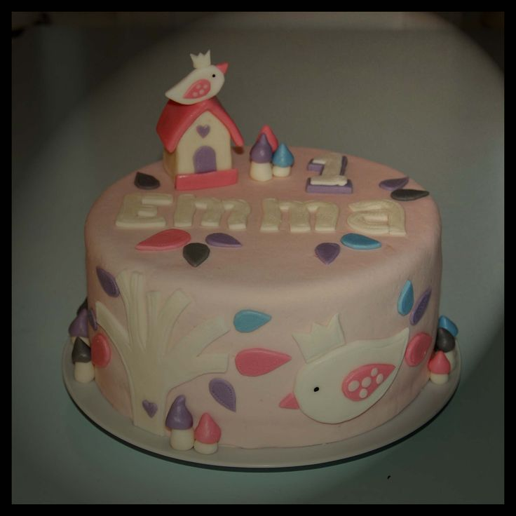 Birthday cake first birthday girl