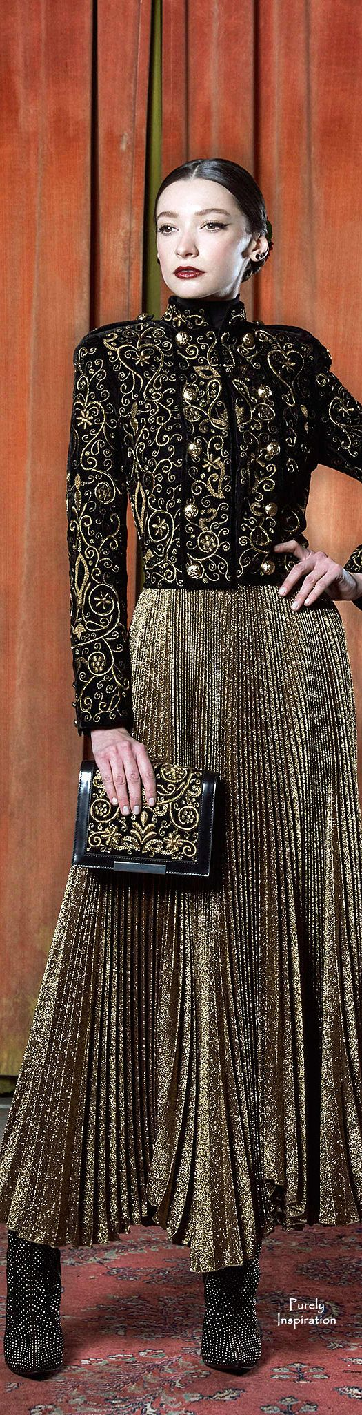 Alice + Olivia Fall 2015 RTW | Purely Inspiration http://www.style.com/fashion-shows/fall-2015-ready-to-wear/alice-olivia/collection