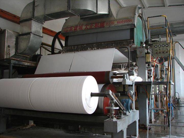 ألف جنيه زيادة في أسعار الورق بسبب ارتفاع الخام عالميا كتبت دينا خالد قال أحمد جابر رئيس غرفة الطباعة باتحاد Paper Machine Making Machine Tissue Paper