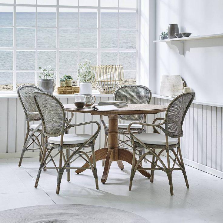 "196 Likes, 4 Comments - @sikadesign on Instagram: ""Sunday morning ♡ #sikadesign #handmade #furniture #rattan #rossini #teak #table #beachview #beach…"""