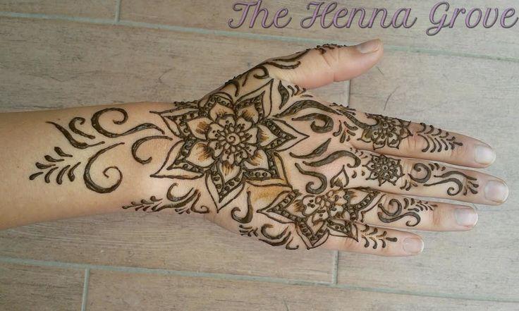 #mehndi, #mehndidesign, #mehndiart, #henna, #hennaart