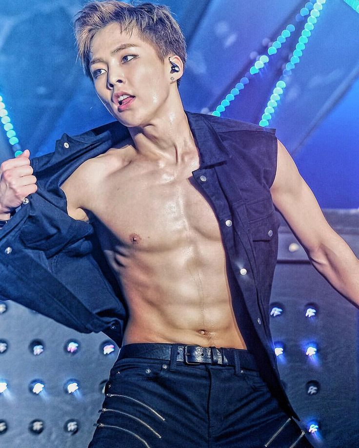 HOLY SHEEEET I CANNOT HANDLE THIS..... #Xiumin