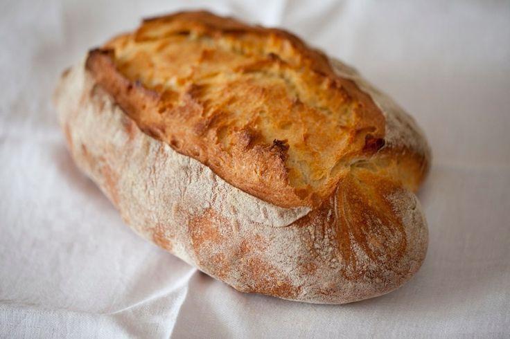 Pane bianco con lievito madre liquido ricetta