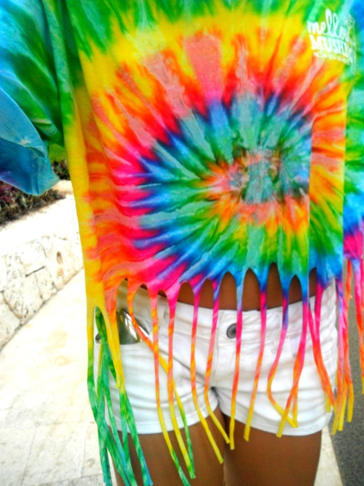 Tie Dye shirts, and fringe them <3Fringes Ties Dyes Shirts, Fashion, Summer 33, Hippie, Style, Cute Tye Dyes Shirts, Clothing, Summer Lovin, Diy