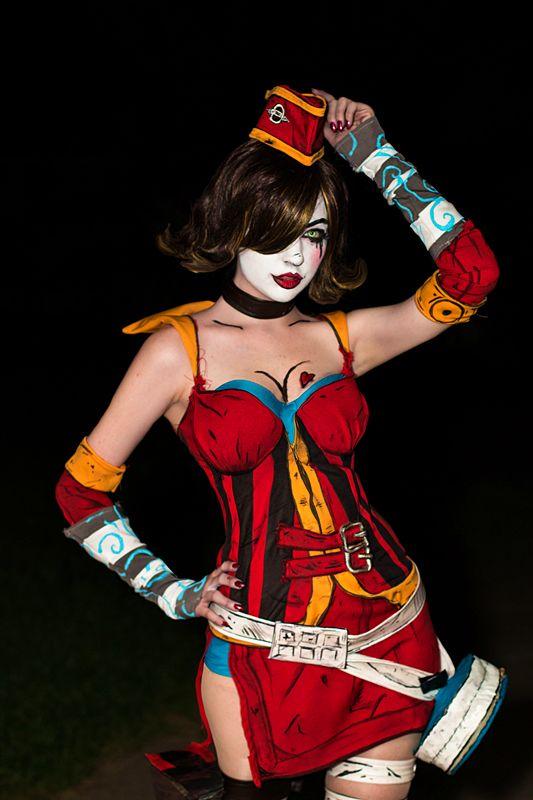 bitsy cosplay