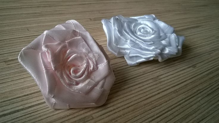 ROSES FOR SHABBY SHADE LAMP