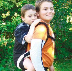 manduca Baby Carrier- ergonomische Rückentrage/ Babytrage/ Kindertrage, Produktion und Vetrieb  Bilder aus 2007