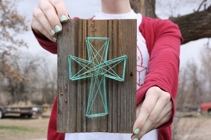 """cross crafts wood and yarn   it's kind of """"messy"""" ... could be a fun craft for our MOPS theme """"A ..."""