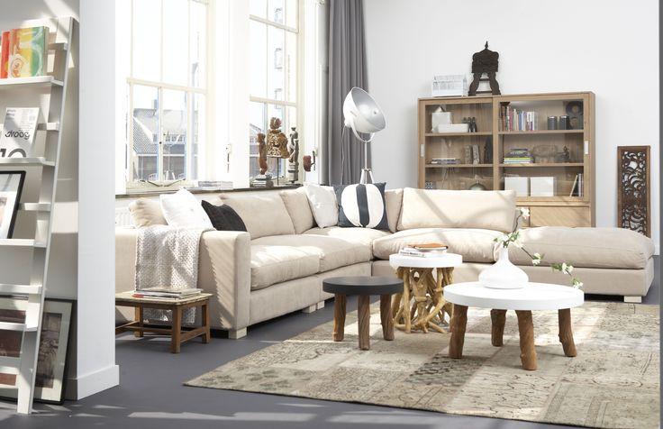 Je huiskamer wordt met bank Esmée direct gevuld met een relaxte ambiance. #bank #hetkabinet #beige #stoer #relaxed
