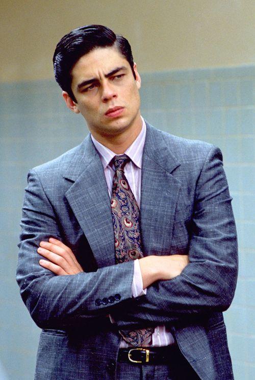 Benicio Del Toro in China Moon, 1994