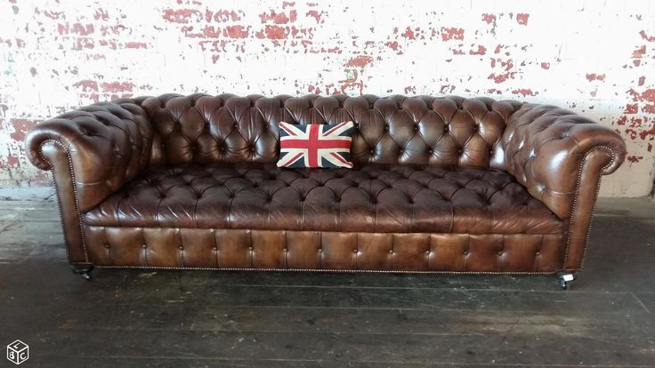 1000 id es sur le th me canap s chesterfield sur pinterest chesterfield ch - Canape chesterfield ancien ...