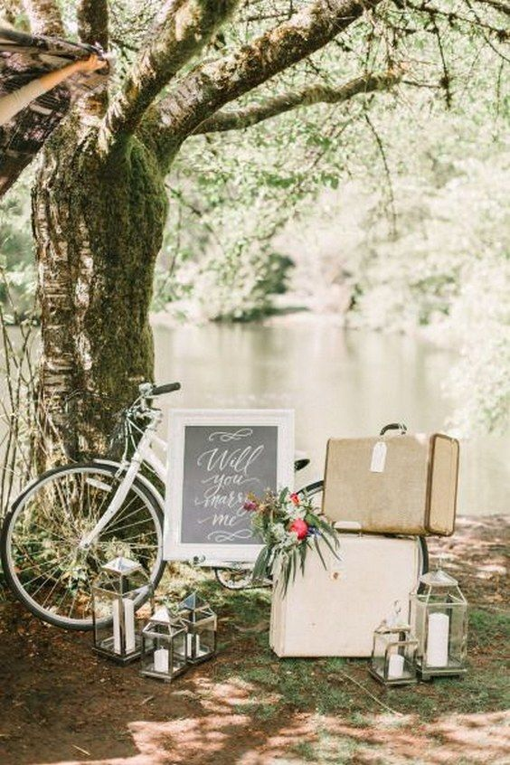 Vintage proposal decor / http://www.himisspuff.com/bicycle-wedding-ideas/12/