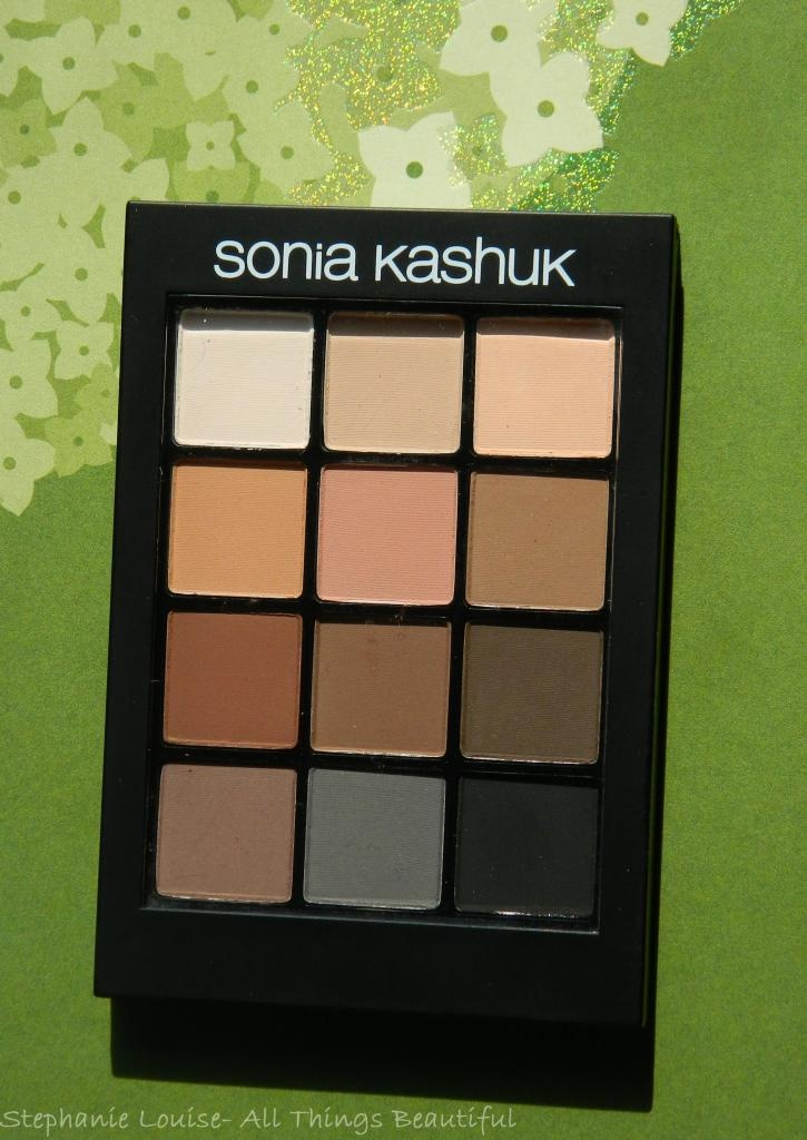 Sonia Kashuk Eye on Neutral Matte