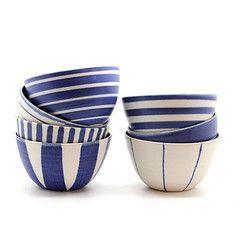 Køb stribet kande fra Sue Binns Pottery i Stilleben – Stilleben - køb design, keramik, smykker, tekstiler og grafik