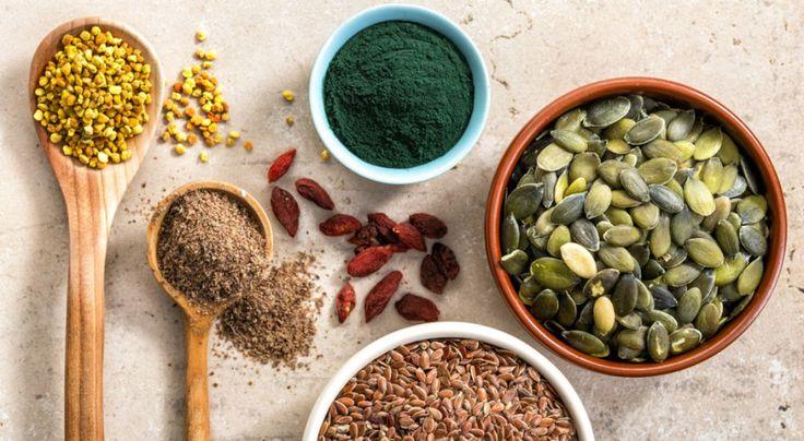 Choisir de devenir végétarien ou décider de limiter sa consommation de viande implique de se passer des protéines animales. Heureusement, la nature est bien faite et nous fournit des protéines végétales qui permettent de compenser ce manque. Voici les 15 ingrédients riches en protéines végétales.