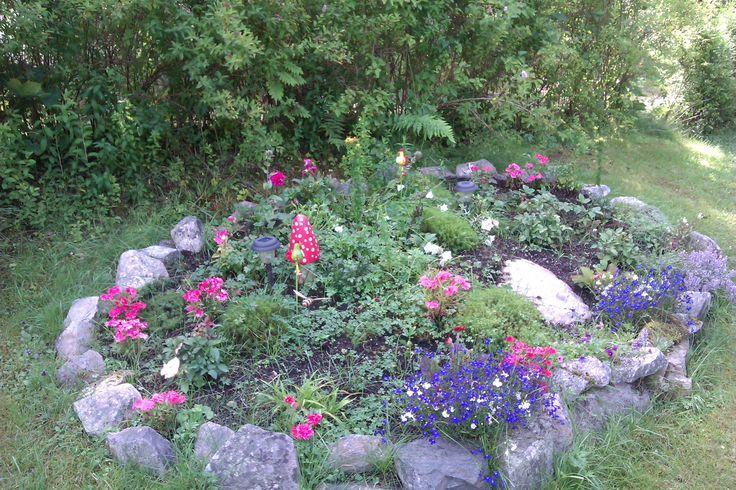 blomsterbed på torpet