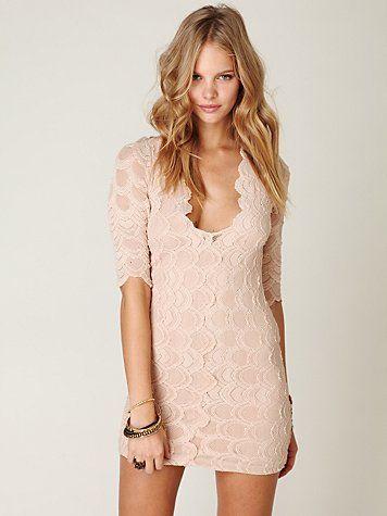 nude lace dress.: Bodycon Dresses, Clothing, Color, Parties Dresses, Cream Dresses, Pale Pink, Free People, Lace Dresses, Dresses Codes