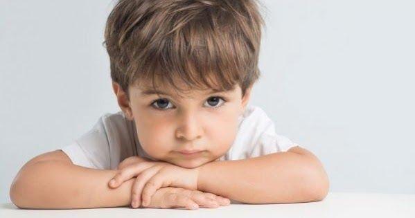 Το πείσμα και τα νευράκια είναι φυσιολογικά κομμάτια της παιδικής ανάπτυξης. Αν και μπορεί να φαίνεται ότι το παιδί σας προσπαθεί επίτηδες να σας προκαλέσει, δεν είναι έτσι. Αυτό είναι απλά ένα βήμα προς την ανεξαρτησία.