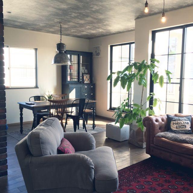 mai0509さんの、Overview,観葉植物,IKEA,アンティーク,ダイニングテーブル,ブリックタイル,インダストリアル,煉瓦,ジャーナルスタンダードファニチャー,リノベーション,観葉植物のある部屋,ダイニングテーブル&チェア,ニューヨーク,ろくろ脚,CRASH GATE,パパママハウス,ブルックリン,いつもいいねやコメありがとうございます♡,papa maman house,not antiques,クラッシュゲート,ジョーカーキャビネット,インスタ mai0509,築42年,鉄筋コンクリート3階建,自宅兼整骨院,モルタル調,バッサイヤについての部屋写真