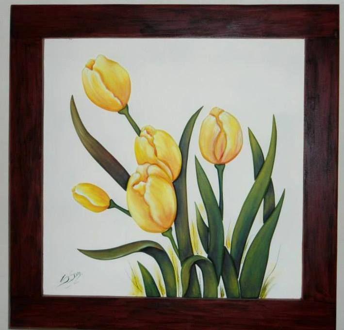 Tulipanes Medidas 0.50cm x 0.50cm