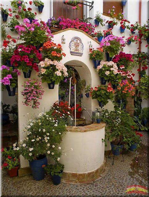 272 mejores im genes sobre balcones en pinterest jardineras cordoba espa a y festivales - Imagenes de patios andaluces ...