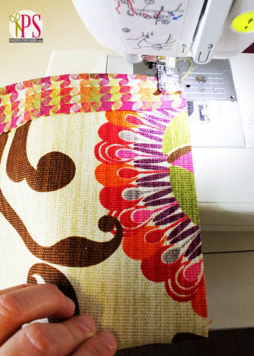 17 best images about christmas sewing projects on for Easy diy table runner