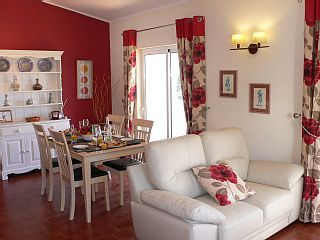 Fabulous 2 Bed Townhouse With Pool, 15 Mins Walk to Carvoeiro CentreVacation Rental in Carvoeiro from @homeaway! #vacation #rental #travel #homeaway