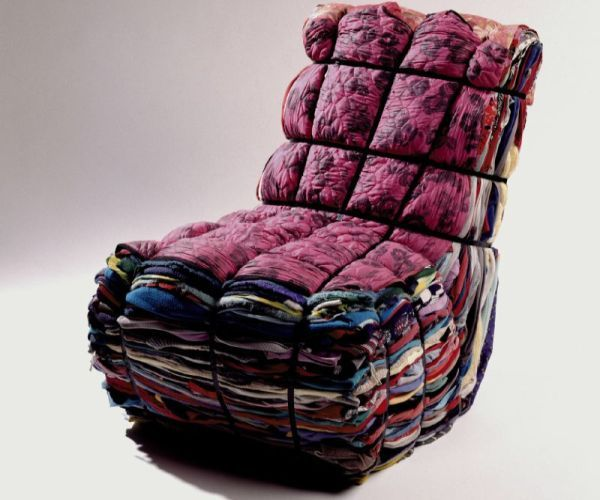 Designer Tejo Remy reused waste clothes to make this comfortable, innovative and efficient chair. He made the chair in such a way that even the waste clothes look great, attractive and unique. For the framework, he used steel strips and rags.