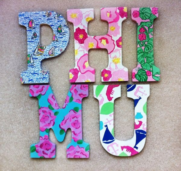 Letters with a different print on each piece. So cute but with ∆Z !!!