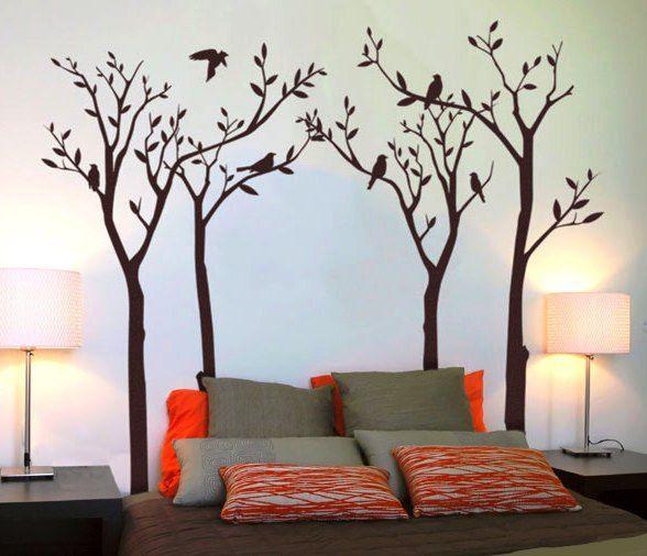 Pintura de arboles en la pared, un gran detalle que cambia el ambiente de tu recamara.