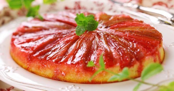 15 recettes minceur en douceur à la rhubarbe