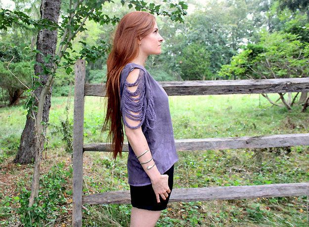 Shredded Sleeve Shirt   41 Insanely Easy Ways To Transform Your Shirts For Summer