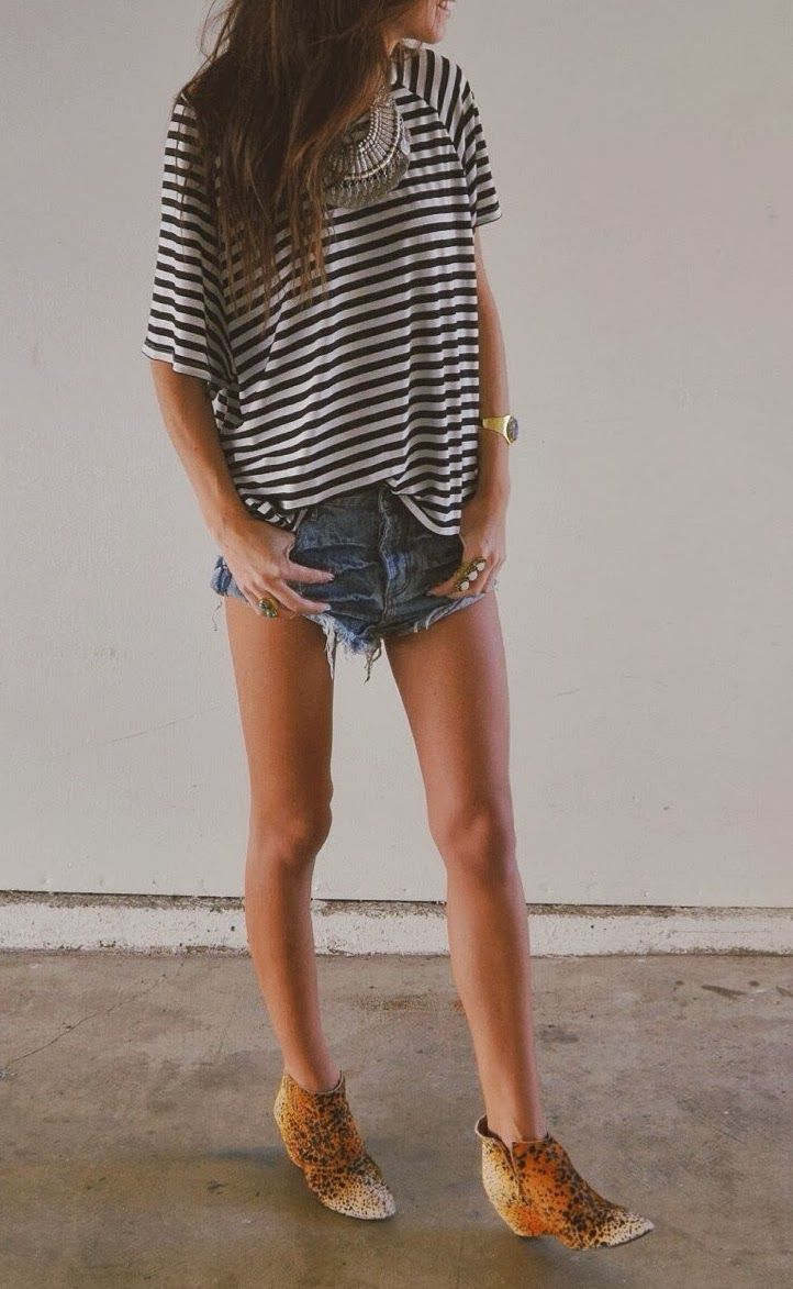 striped tee, cut-off shorts & boots #style #fashion