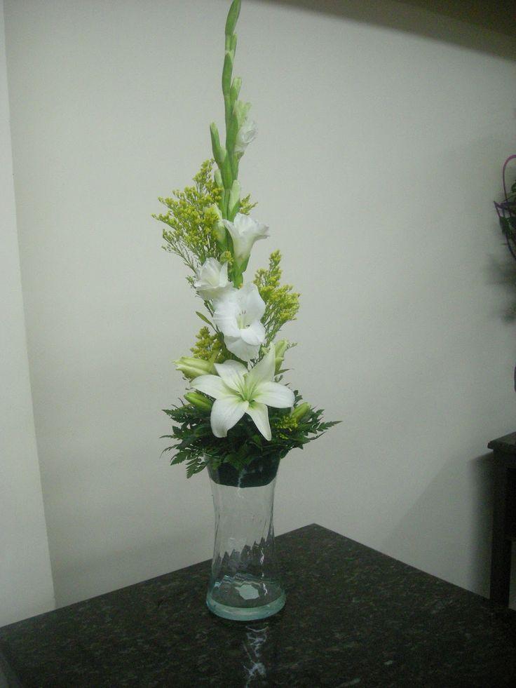 28 best images about centros de mesa con lilies on - Centros d mesa ...