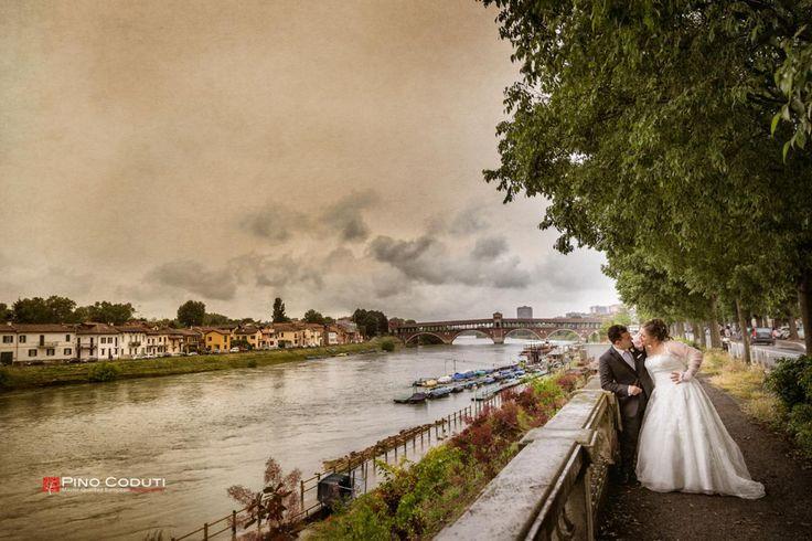 Sposi in riva al fiume di Pino Coduti per #Matrimonio Italiano