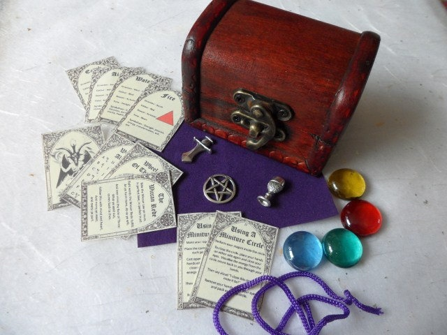 MINIATURE ALTAR KIT - pocket travel set wicca wiccan pagan athame chalice spell. £9.95, via Etsy.