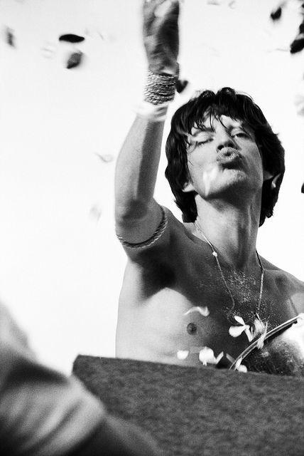 Mick Jagger in Kooyong, Australia,1973 by Rennie Ellis