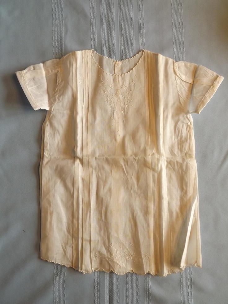 Vintage Original 1930s - 40s Toddlers Embroidered Cotton Dress. $8.00, via Etsy.